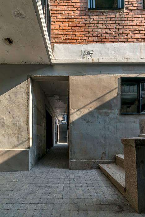 Houses by atelier longo 아뜰리에 롱고
