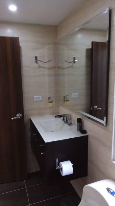 Bathroom by Erick Becerra Arquitecto,
