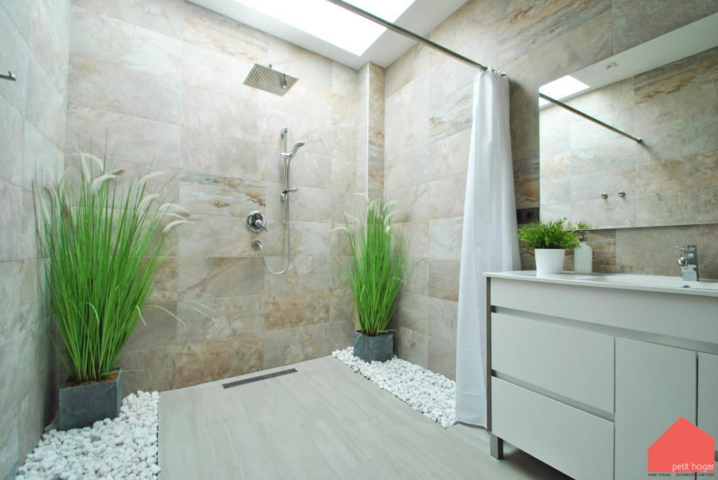 Casa Castilla la Vieja: Baños de estilo  de b2v arquitectura