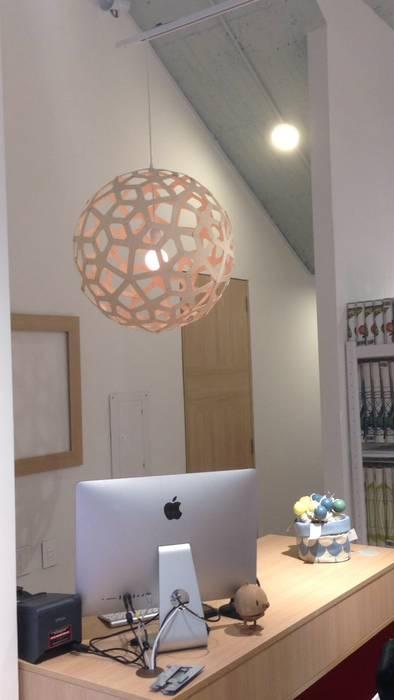 Diseño Interior local Flexa Colombia de SmartWork Moderno Concreto