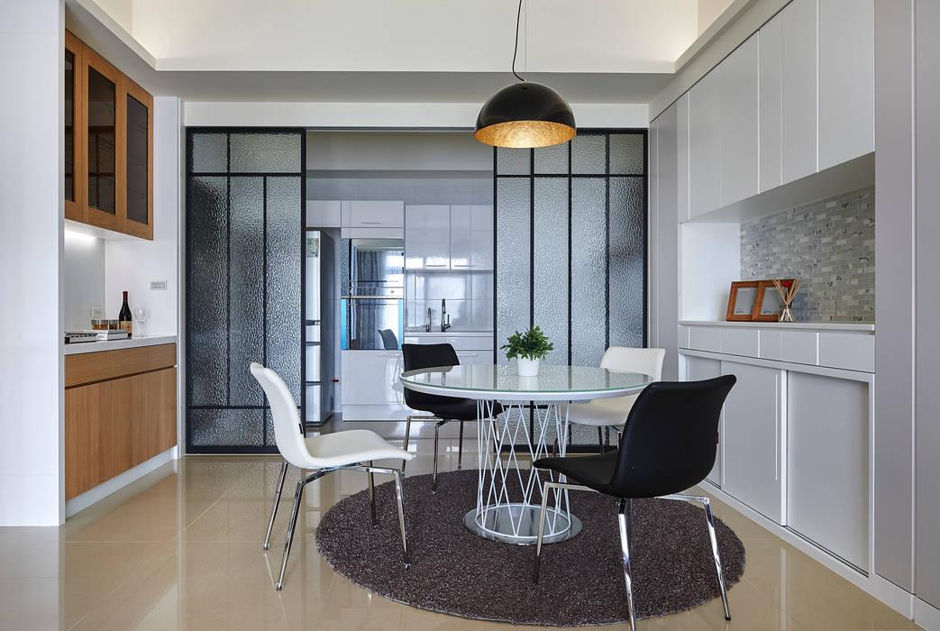 Salle à manger moderne par 舍子美學設計有限公司 Moderne