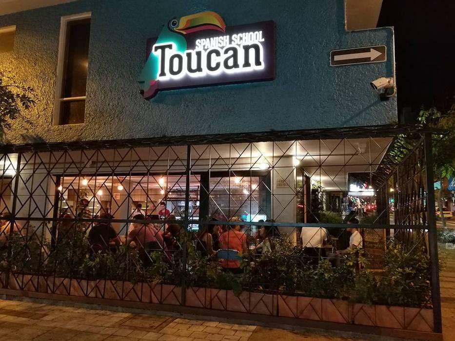 TOUCAN CAFÉ: Bares y discotecas de estilo  por @tresarquitectos
