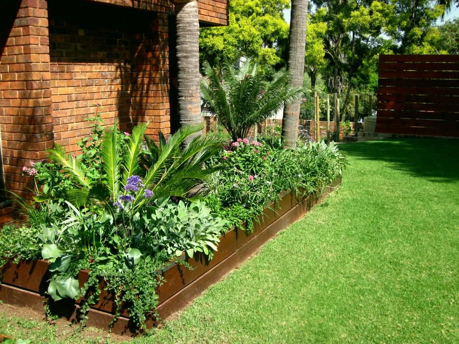 Young Landscape Design Studio Jardins Modernos Homify