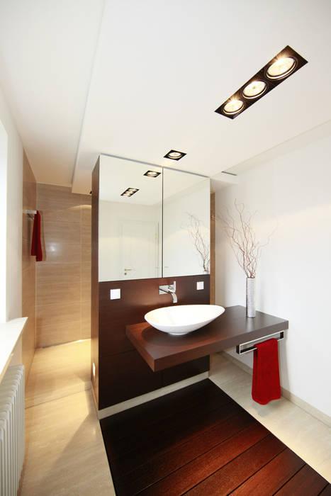 Baños modernos de Fichtner Gruber Architekten Moderno