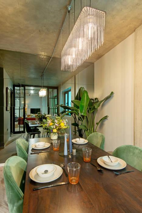 Hamilton Court Developments X Crepuscule : Salle à manger de style de style Moderne par Crepuscule