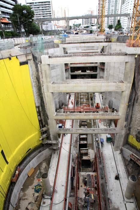 Campo-Belo station: Case in stile in stile Moderno di Studio Associato di architettura MBiM