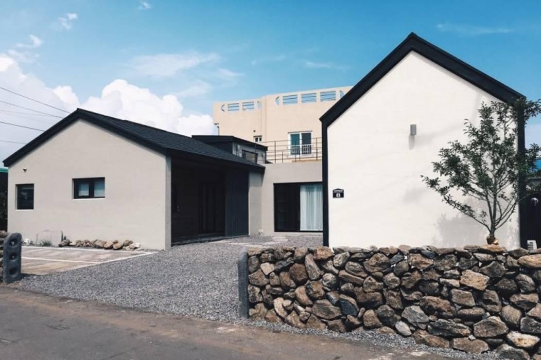 Rumah Modern Oleh YP(Yellow Paper) Modern