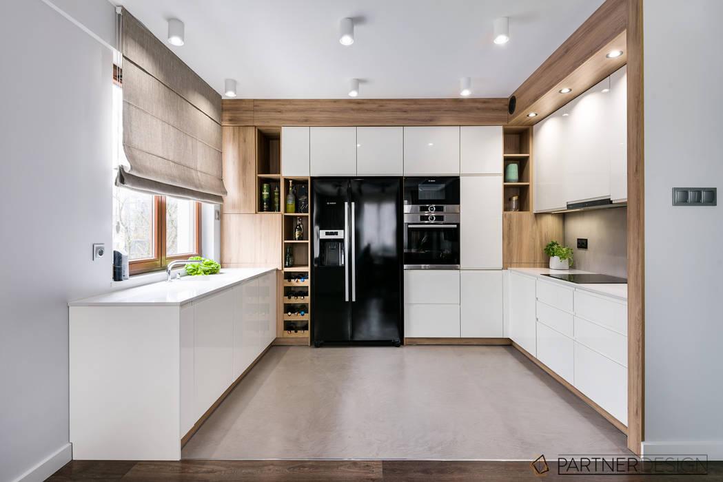 Apartamnet Dąbie Moderne Küchen von Q2Design Modern