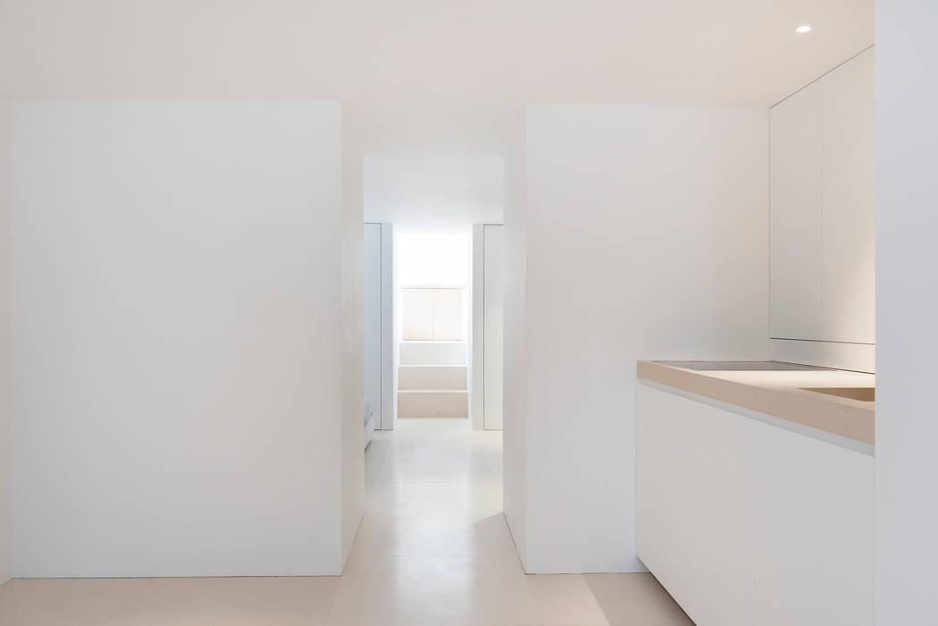 Kitchen - Dining Room:  Keuken door Jen Alkema architect