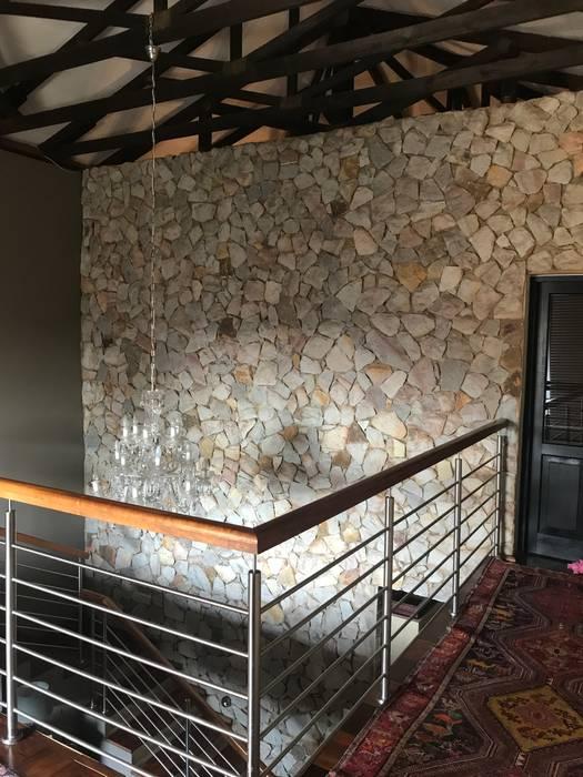 Landing Eclectic style corridor, hallway & stairs by CS DESIGN Eclectic