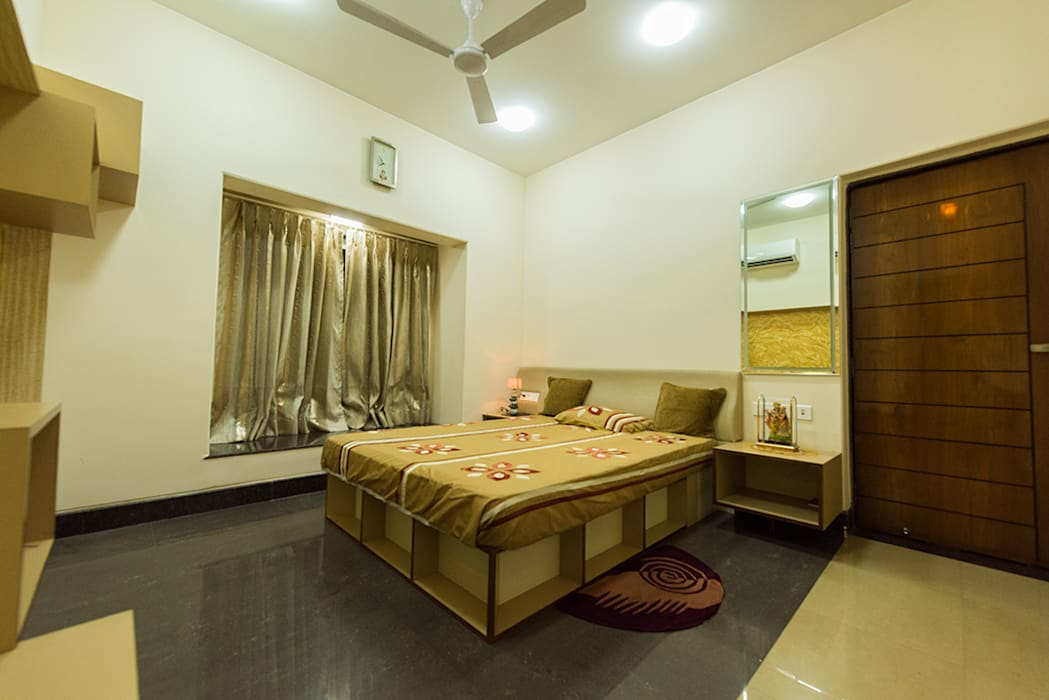 Kids'/Guest Room (2nd Floor):  Bedroom by Ankit Goenka