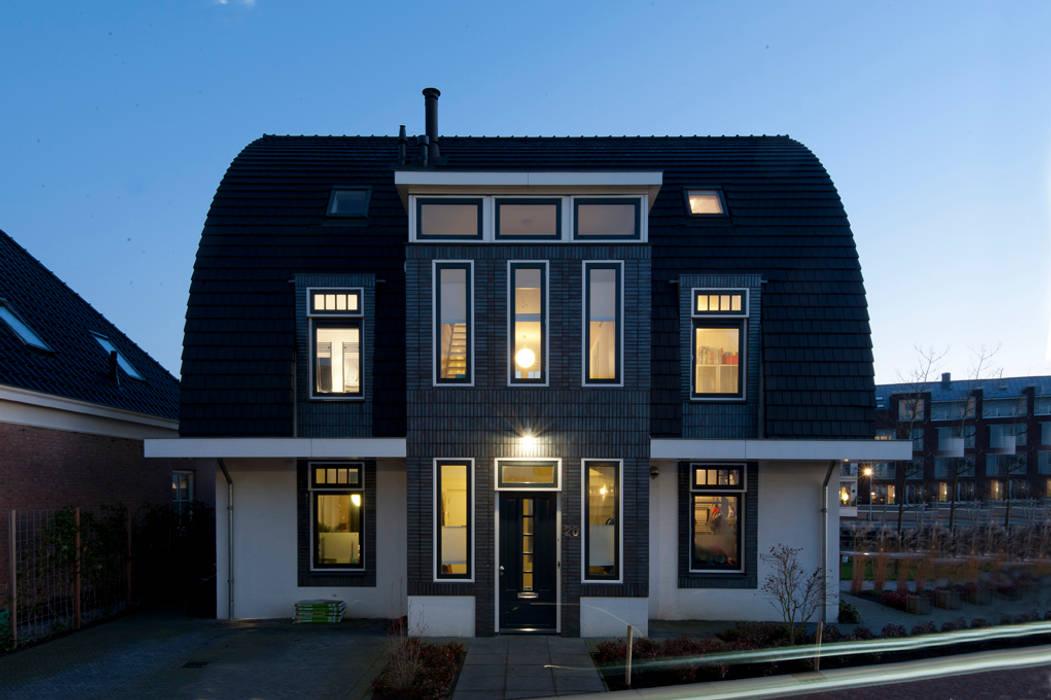 Villa Maarssen:  Huizen door ARK+