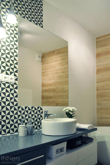 浴室 by INNers - architektura wnętrza, 北歐風