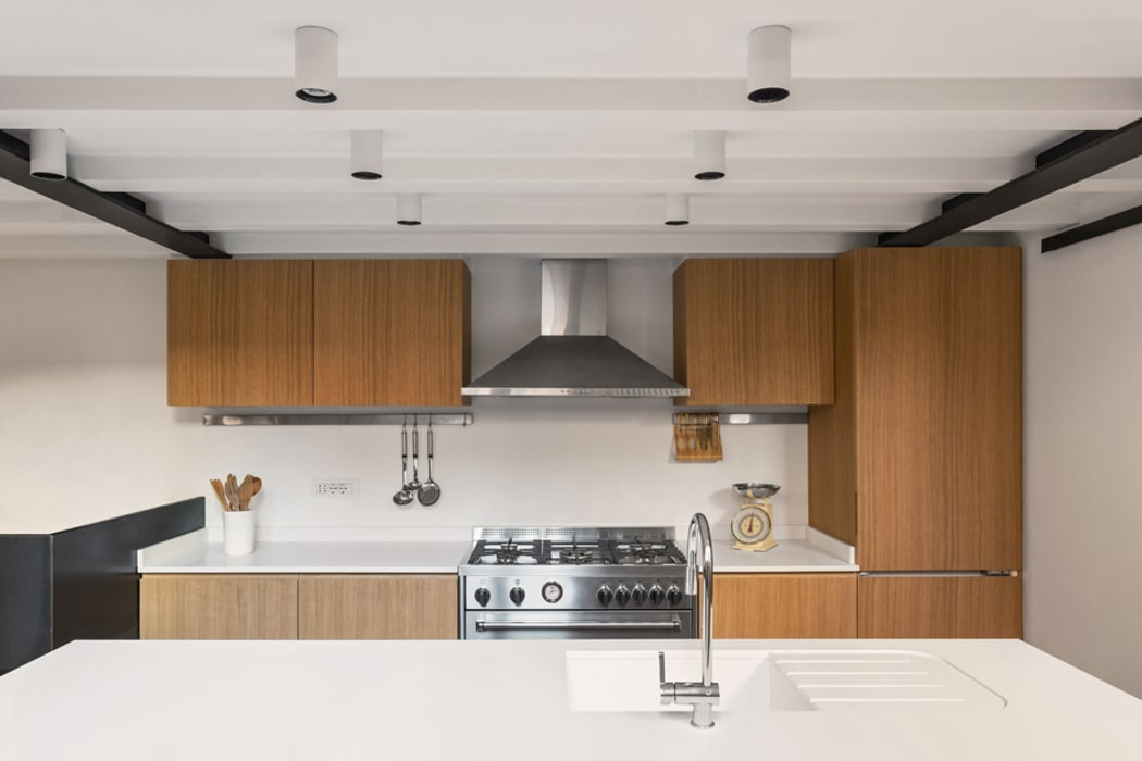 Industrial style kitchen by NOMADE ARCHITETTURA E INTERIOR DESIGN Industrial
