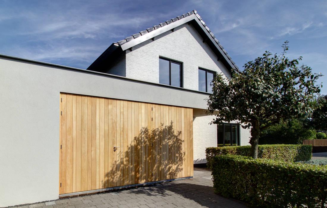 woonhuis H te Heythuysen:  Huizen door CHORA architecten