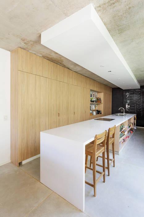 Cuisine moderne par BAM! arquitectura Moderne Béton