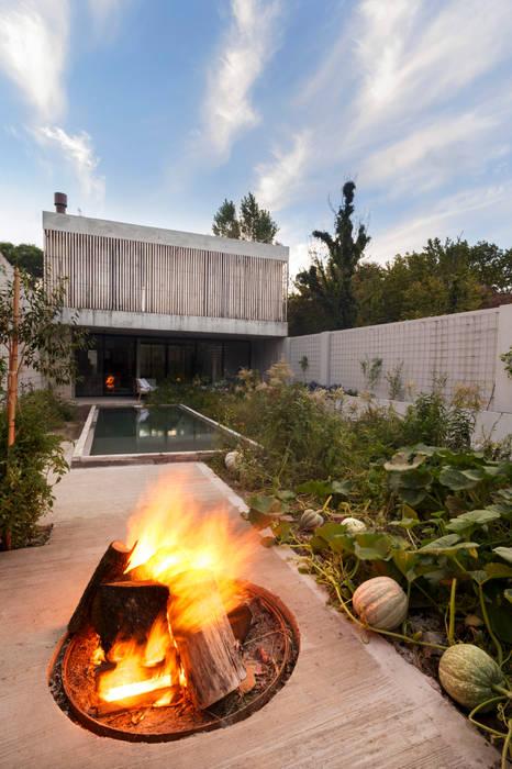 Casa MeMo - VIVIENDA UNIFAMILIAR ICONO DE LA SUSTENTABILIDAD : Casas de estilo  por BAM! arquitectura