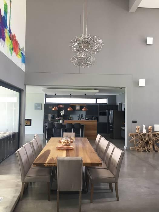 Ruang Makan oleh Graftink Interior and Architectural Design Studio , Modern