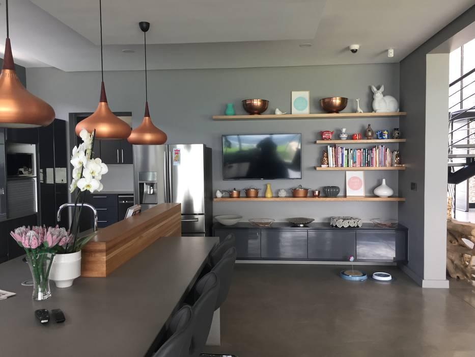 Modern style kitchen by Graftink Interior and Architectural Design Studio Modern