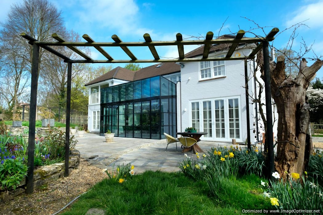 Rowood Farmhouse Comedores de estilo moderno de IQ Glass UK Moderno