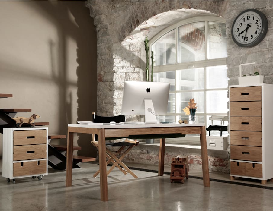 Oficinas de estilo  por Baltic Design Shop, Escandinavo Madera Acabado en madera