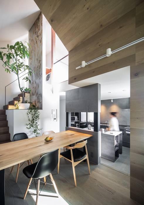 Phòng ăn phong cách hiện đại bởi 株式会社seki.design Hiện đại