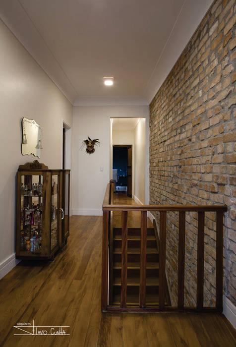 Residencial Liberdade SET Arquitetura e Construções Corredores, halls e escadas clássicos