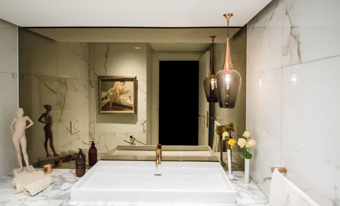 Luxurious Clifton Apartment Modern bathroom by Inhouse Modern