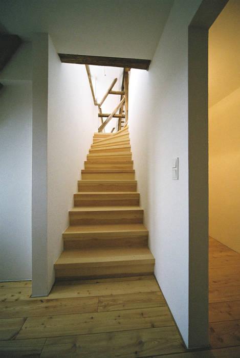 Umbau Einer Denkmalgeschutzten Tabakscheune Falttreppe Ins 3 Og