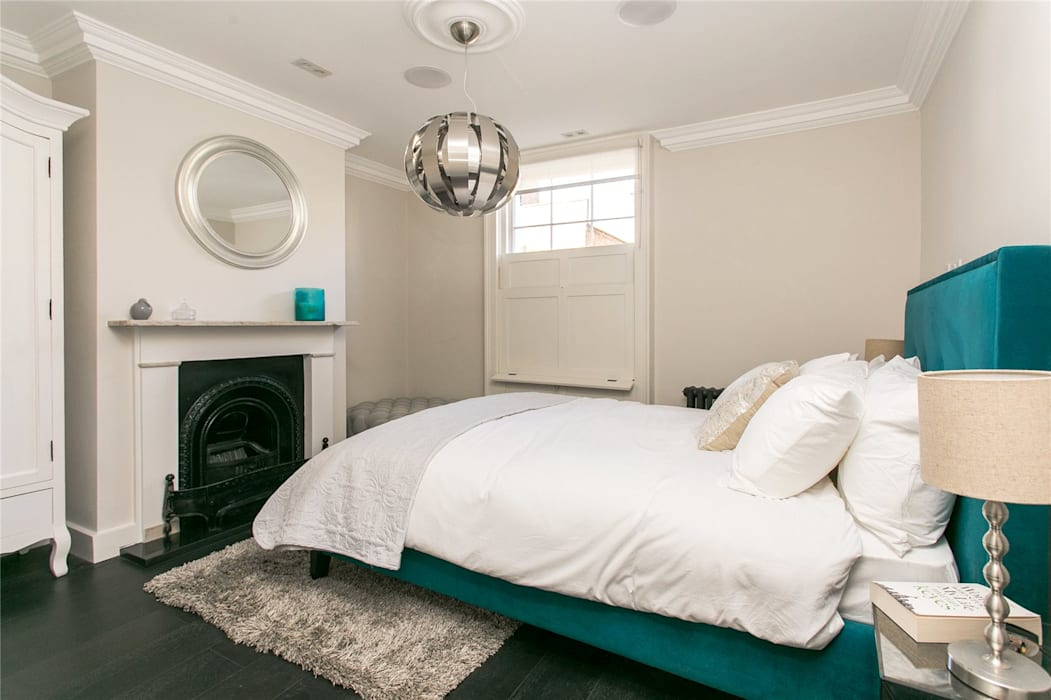 Lillieshall Road, London, SW4: modern Bedroom by APT Renovation Ltd
