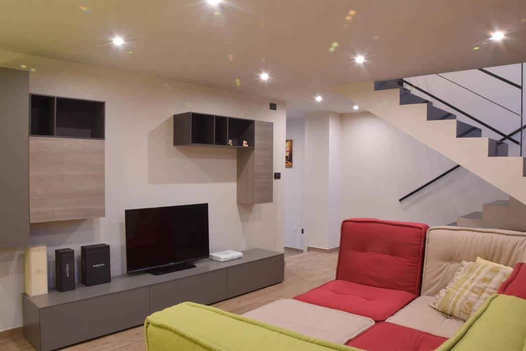 โดย ENRICO MARCHIARO _ eMsign Studio _ Architettura_Interior Design โมเดิร์น