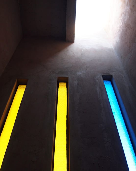 Tower interior by A4AC Architects Modern Concrete