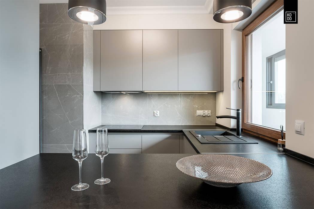 Cocinas de estilo  por KODO projekty i realizacje wnętrz, Clásico