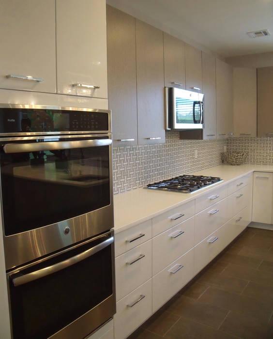 New Coastal Kitchen Kitchen Krafter Design/Remodel Showroom آشپزخانه