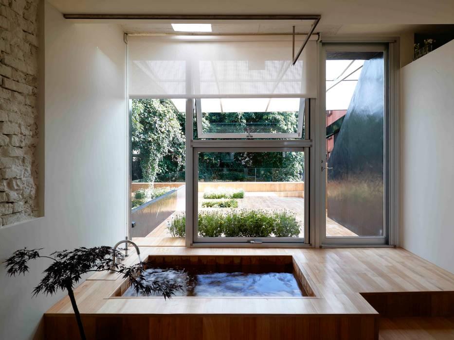 漂亮家居_Ason  house:  浴室 by 本晴設計, 簡約風