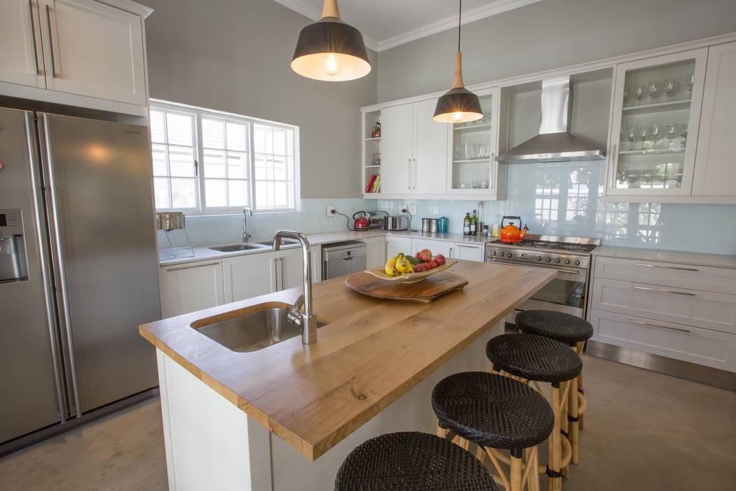 Cocinas de estilo clásico de Kunst Architecture & Interiors Clásico