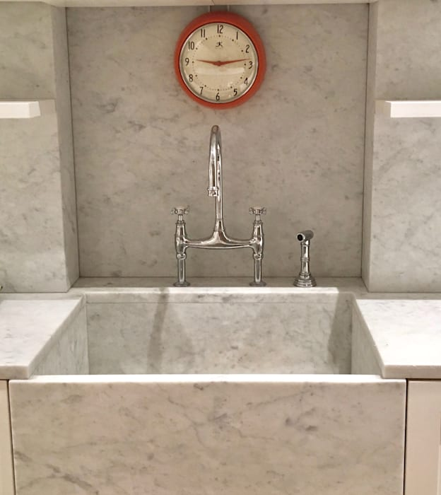 Farmhouse sink by Lorraine Bonaventura Architect Classic Marble