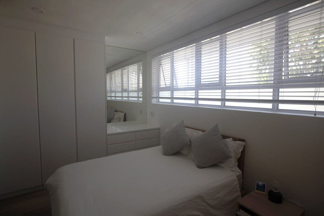 Moderne Schlafzimmer von Kunst Architecture & Interiors Modern