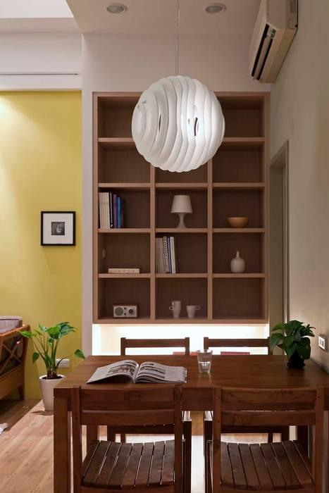 Scandinavian style dining room by 吉畝室內裝修有限公司 Scandinavian