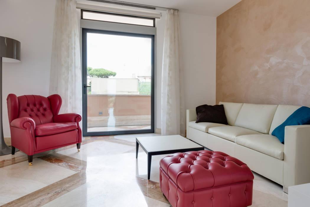 Il Soggiorno: Soggiorno in stile in stile Moderno di Gruppo Castaldi | Roma