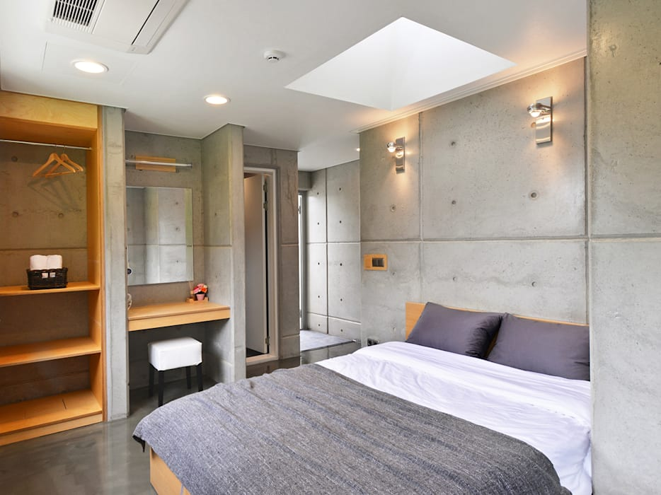Bedroom by 건축사사무소 어코드 URCODE ARCHITECTURE