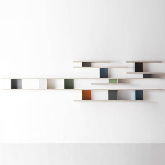 Mensola a muro in legno flai slide: camera da letto in stile di ...