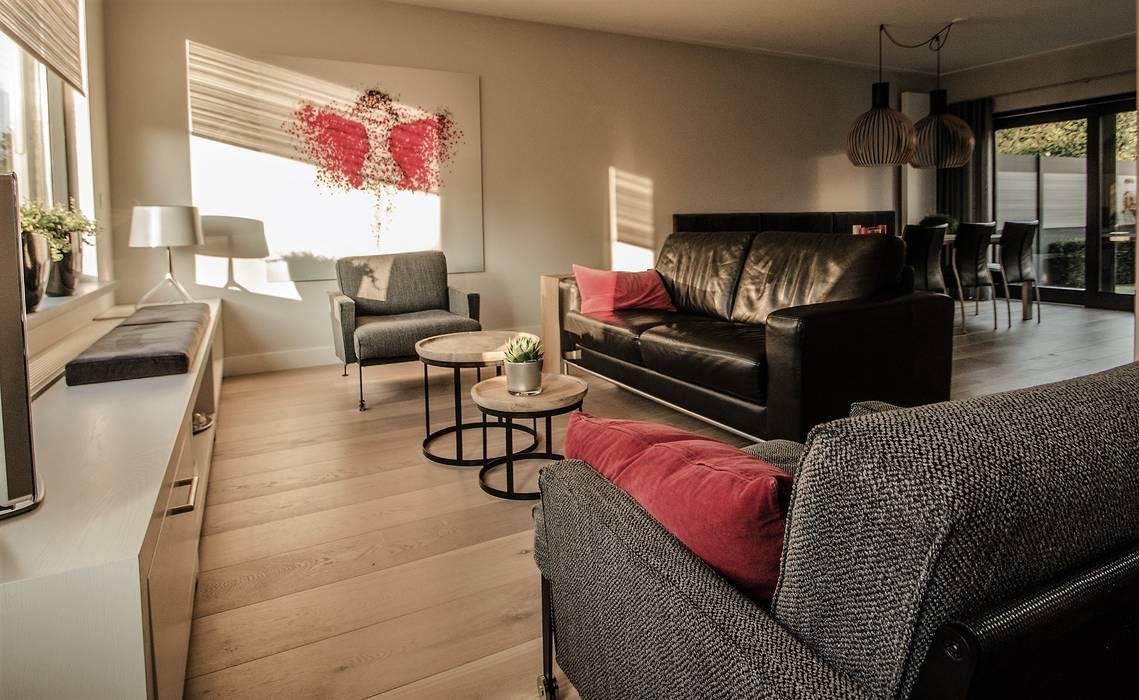 Van Toledo interieurontwerp & advies Living roomSide tables & trays Wood Wood effect