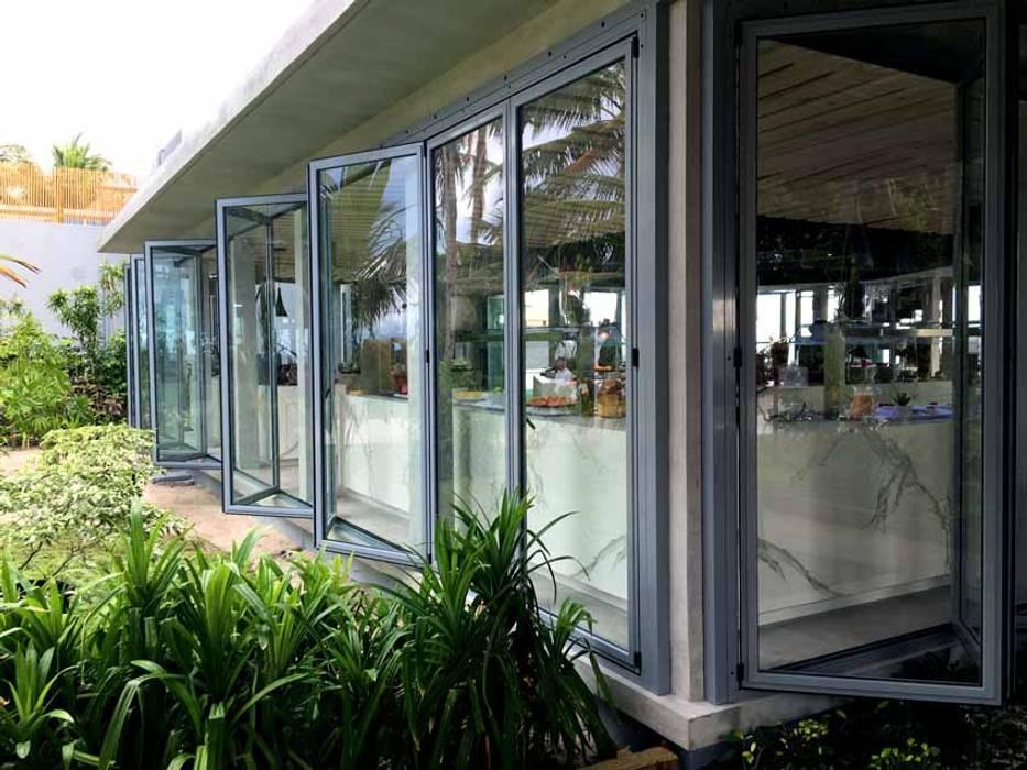 AIRCLOS Modern windows & doors Aluminium/Zinc Grey