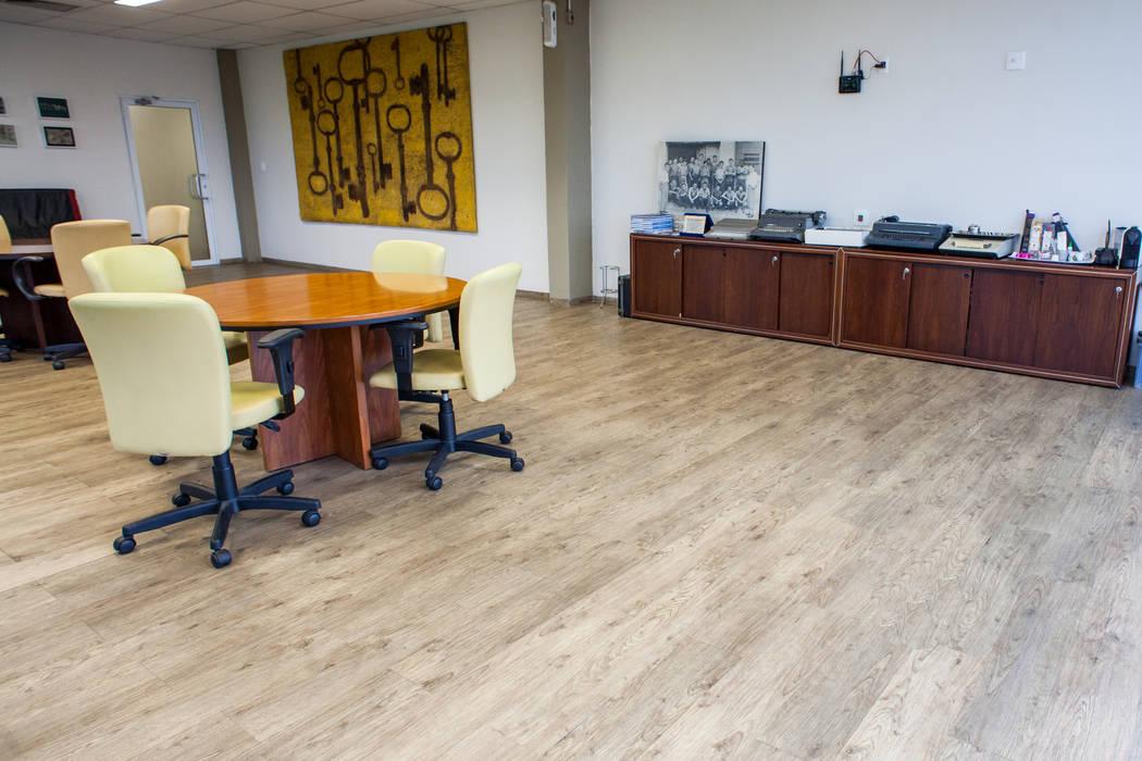 VERONA CARPETES E VINILICOS Commercial Spaces Wood Beige