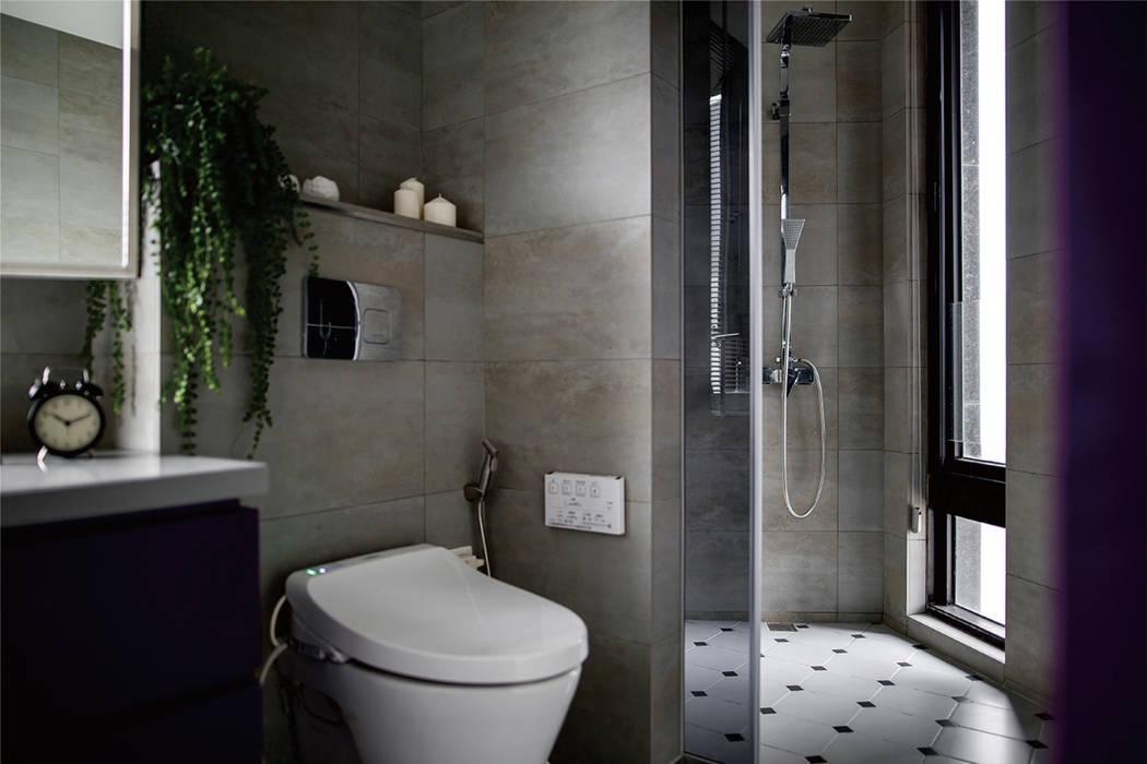 Salle de bains de style  par 釩星空間設計,