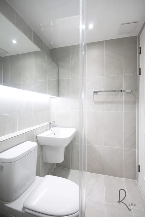 로하디자인 Mediterranean style bathrooms