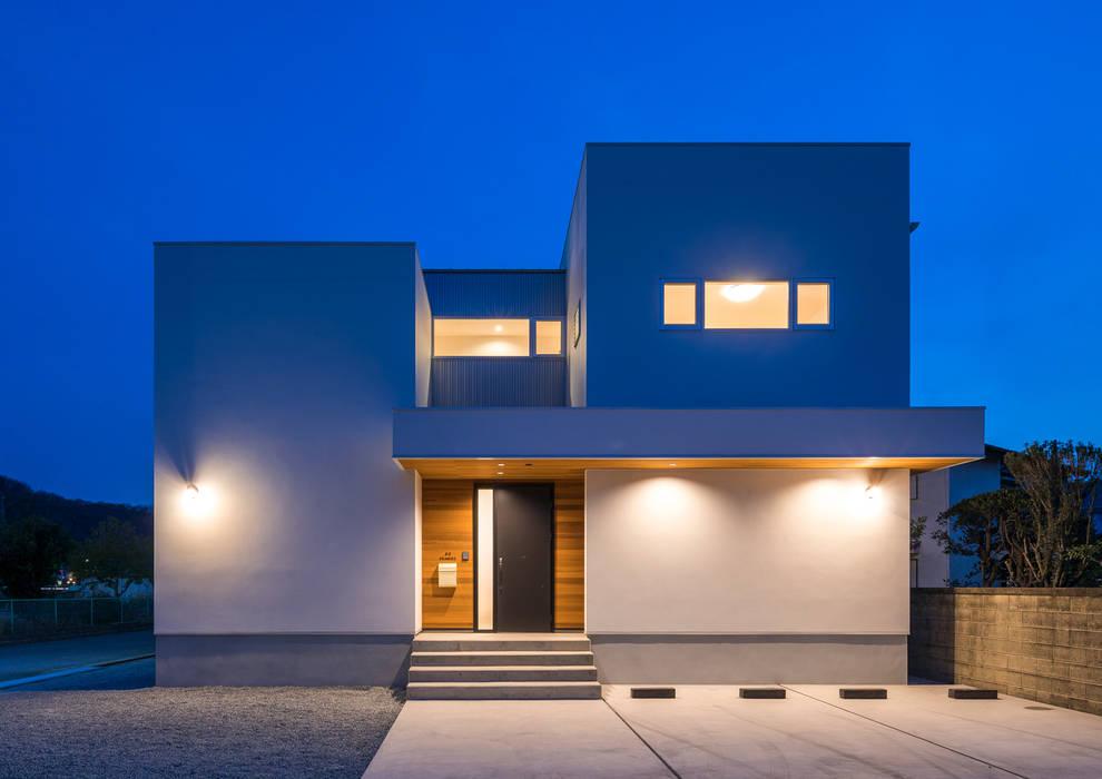 Modern home by 中村建築研究室 エヌラボ(n-lab) Modern Wood Wood effect