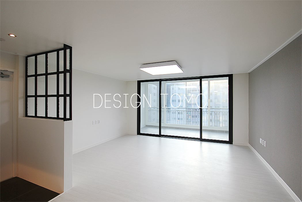Ruang Keluarga Modern Oleh 디자인토모 Modern