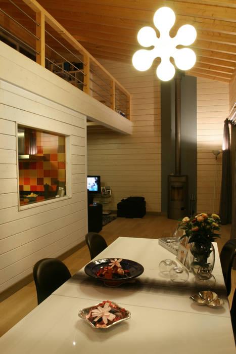 Salle à manger de style  par Rusticasa, Scandinave Bois Effet bois
